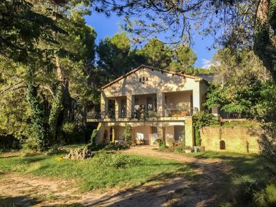 Photo for Apartment La Pinède  in Châteaurenard, Provence - 6 persons, 3 bedrooms