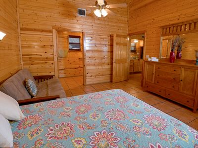Photo for Charming lodge on the Springs of the Frio River