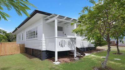 Photo for 9 Seaview Terrace Moffat Beach