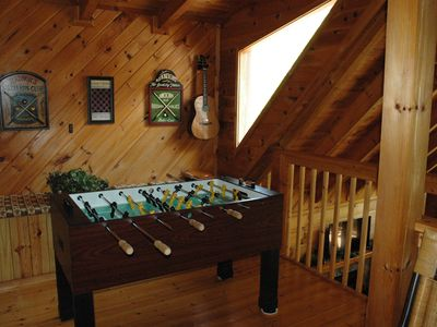Photo for Beary Lazy 2BR/2BA Log Cabin Wi-Fi Hot Tub in Wears Valley Pigeon Forge Townsend