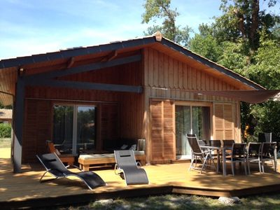 Photo for Wooden house on bassin d'arcachon, 800m from the beach, near andernos