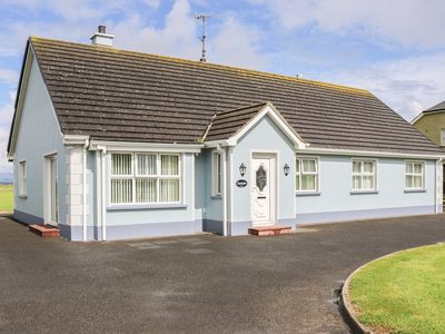 Photo for SEAVIEW, family friendly in Bundoran, County Donegal, Ref 964734
