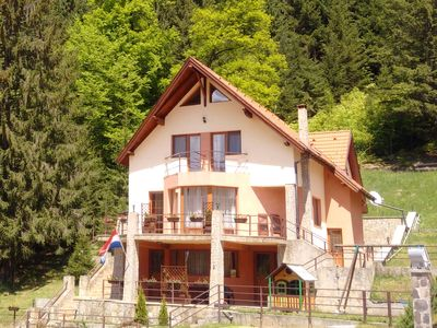 Photo for Large mountain holiday villa with magnificent views, Brasov