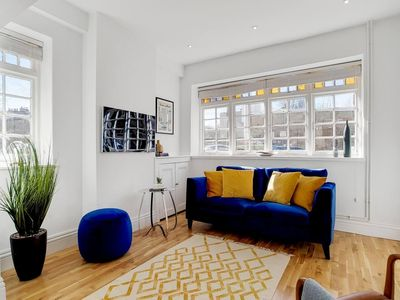 Photo for Stunning 3 Bedroom Home in the Heart of Greenwich
