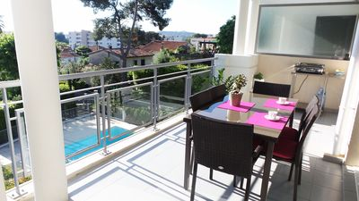 Photo for Holiday rental with pool and garage in quiet area of Antibes
