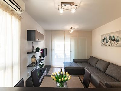 Photo for Two bedroom apartment with balcony Split