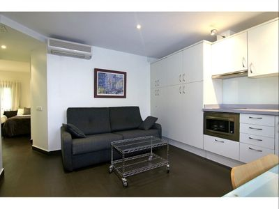 Photo for Picasso 1 apartment in El Borne with WiFi, air conditioning, balcony & lift.