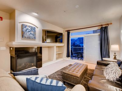 Photo for Downtown Luxury Executive Suite w/ Skyline Views!