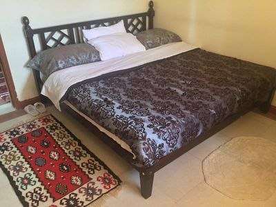 6x6 Kind Size bed
