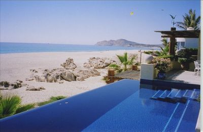 Infinity pool overlooking beach & Sea of Cortez