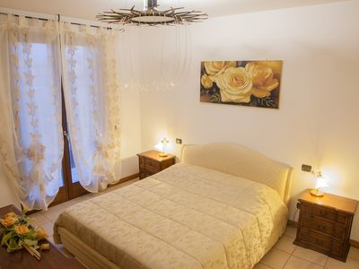 Photo for Apartment with private garden in a quiet area, for those seeking relaxation ...