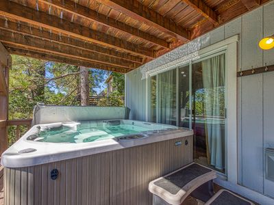 Photo for Spacious getaway w/ amazing views, a furnished deck, & a private hot tub