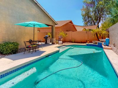 Photo for Lovely desert home with a private pool, free Wifi and outdoor area