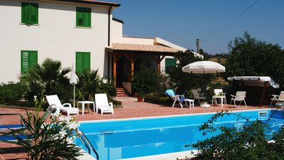 Photo for Beautiful Villa with swimming pool
