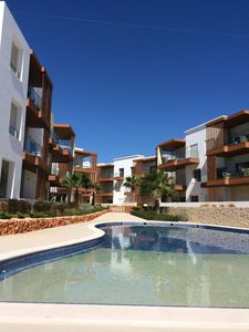 Photo for Apartment 2017, swimming pool, near beach Praia da Rocha, overlooking the Arade River