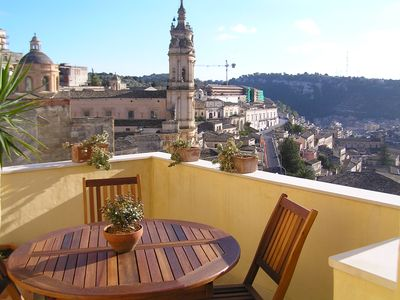 Photo for Charming little house with terrace with view on Modica