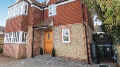 Photo for Daffodil Cottage Upper Beeding, Sussex
