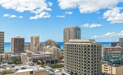 Photo for High Rise Studio w/ Lanai, Ocean View, Close to Attractions, Outdoor Pool