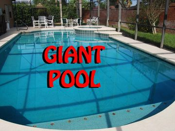 CLOSE To Disney * HUGE Pool/Spa * GameRm * Free WiFi *Private Yard, TV On Patio!