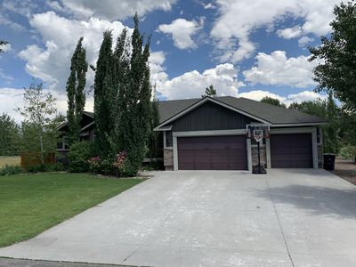 Photo for Beautiful, Family Friendly Home in Victor, ID