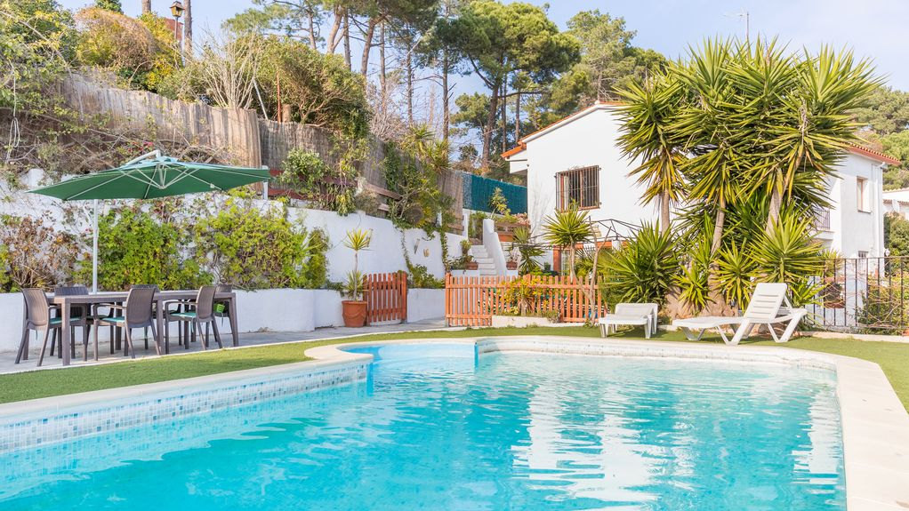 pictures of pools lloret de mar villa las palmeras homeaway 11671