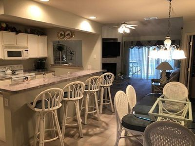 Photo for Parkview Bay 3bd, 3ba with loft Bedroom.   Wifi, Elevator, Free Night /Offseason