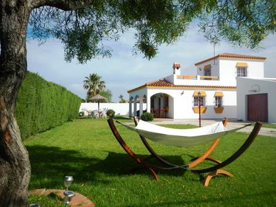 Photo for Lovingly furnished holiday house, 250m from the sea, large garden, roof terrace