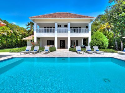 Great for Families! Spacious Villa with Pool, Near Beach/Resort Amenities, AC, Free Wifi, Maid Svc.