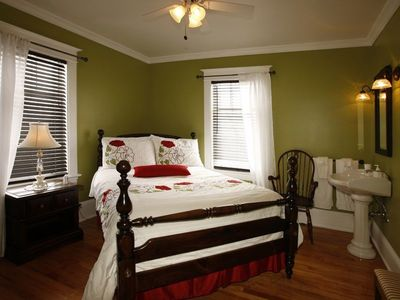 South-East bedroom-Double
