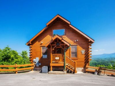 Photo for Mountain Views-Hot Tub-Pool Table-Pool, Fitness Center, Steam Room, and Sauna!