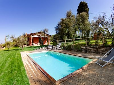 Photo for Beautiful private villa for 4 guests with private pool, WIFI, A/C, pets allowed and parking