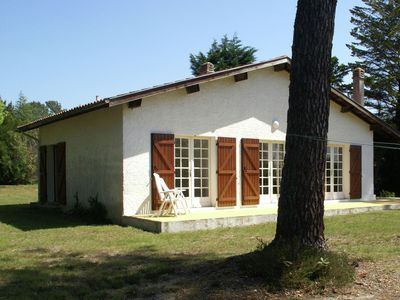 Photo for Stunning, detached holiday home near sandy beaches and a leisure lake.
