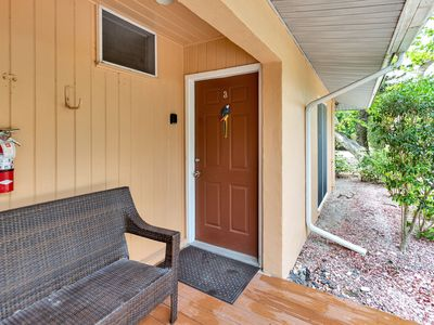 Photo for Parrot Nest Cottage 3, Macaw Cottage walking distance to the historic lighthouse, great shopping and restaurants!