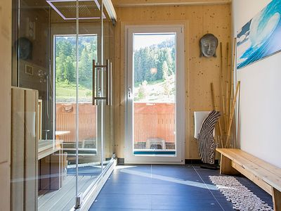 Photo for Vacation home Wellness Superior mit Outdoorjacuzzi in Sankt Georgen am Kreischberg - 9 persons, 4 bedrooms