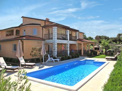 Photo for Apartment Cancar (PRC625) in Poreč - 6 persons, 2 bedrooms