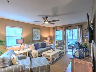 Photo for Walk to beach~2/2 Immaculate villa w/ Screened patio.  Close to Coligny & more.