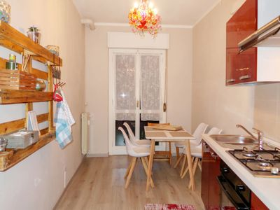 Photo for One bedroom Apartment, sleeps 3 with FREE WiFi and Walk to Beach & Shops