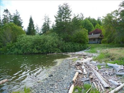 Photo for Enticing Waterfront Cottage!