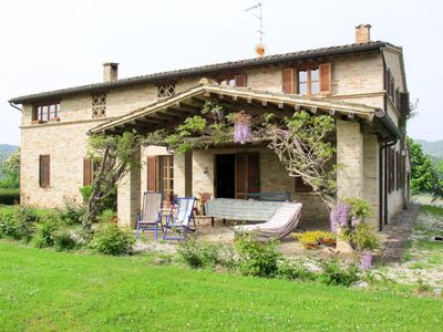 Photo for 3 bedroom Villa, sleeps 6 in San Cipriano with Air Con and WiFi