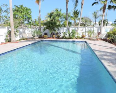 Photo for Blue Pearl 4/2 Pool for 10 Close to Beaches, Shopping, Fishing