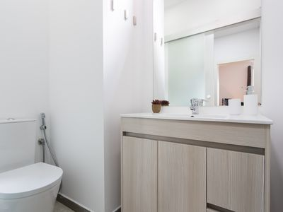 Photo for Le Flat · Cozy Apartment in Hip Neighborhood Change ad