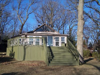 Photo for Lakefront House -on Private Bohners Lake 1 Hour from Chicago !
