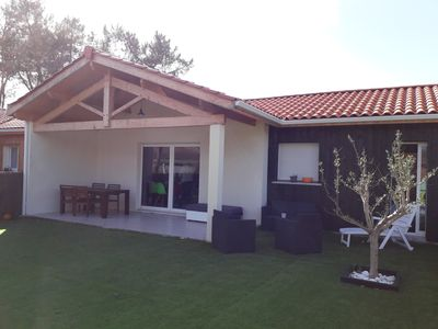 Photo for House 7 people near the lake, swimming pool, ideal for families.