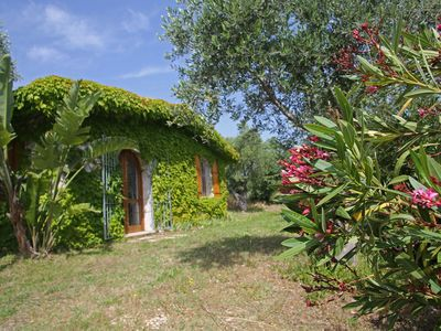 Photo for Villa with large garden and panoramic view, near the sea