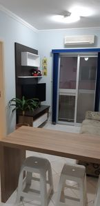 Photo for 2 bedroom apartment with air conditioning in bedrooms and living room.