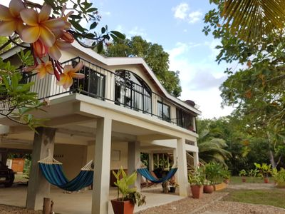 Your private riverside jungle retreat, minutes to the beach