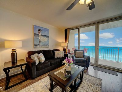 Photo for Emerald Beach 732 - Beachfront - updated - tons of amenities!