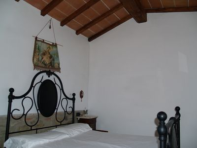 Photo for Tuscany Indipendent little building for 2 people with shared pool and free wifi