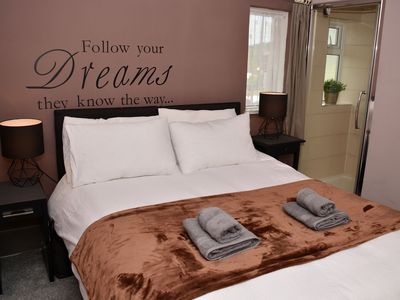 Photo for (7SM-11) Dreams Unlimited Serviced Accommodation- Heathrow/Stanwell
