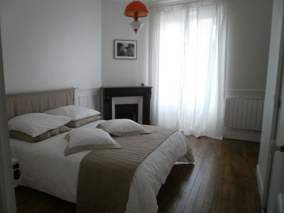 Photo for Quiet apartment, 15 minutes from Paris and near the edges of Marne